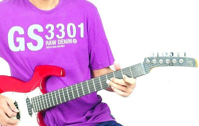 Imaginea intitulată Redați Blues on Guitar Pasul 9