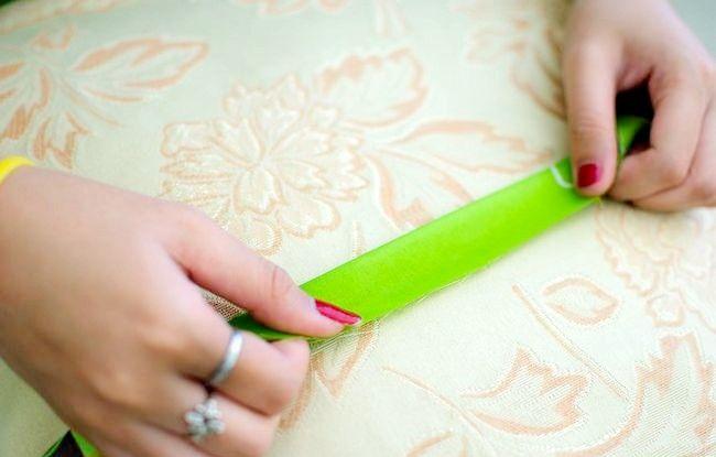 Imaginea intitulată Faceți o rochie de pe o foaie de pat fixată Pasul 21