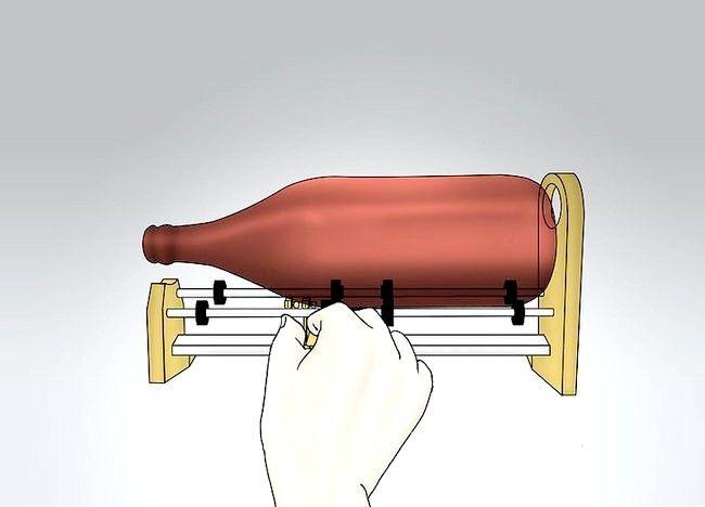 Imagine cu titlul Faceți o sticlă dintr-o sticlă Pasul 4