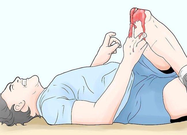 Cum să tratați o fractură expusă în timpul primului ajutor