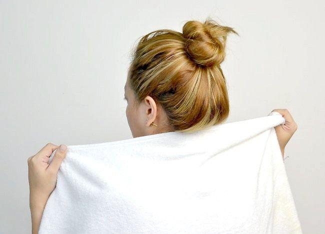 Cum să utilizați ulei de nucă de cocos în părul și pielea ta