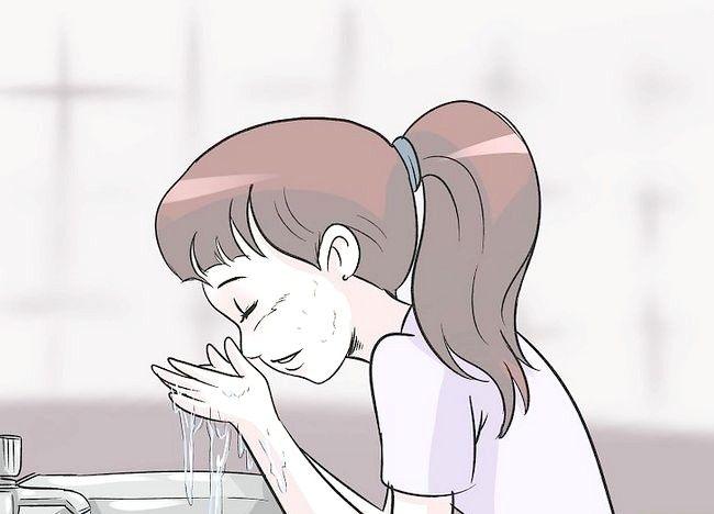 Imaginea intitulată Utilizați suc de lămâie pentru a reduce acneea și vindeca cicatricile acneei Pasul 5