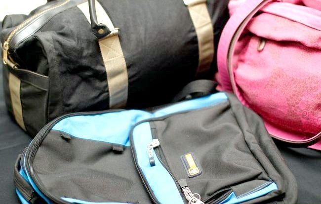 Cum să călătorești o săptămână cu o geantă de mână